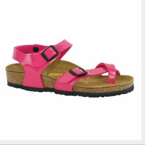 Birkenstock Patent Pink Sandals Girls Sz 34.